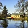 Die geschichtsträchtige Glenmorangie Distillery in Tain (Schottland) wurde 1843 gegründet